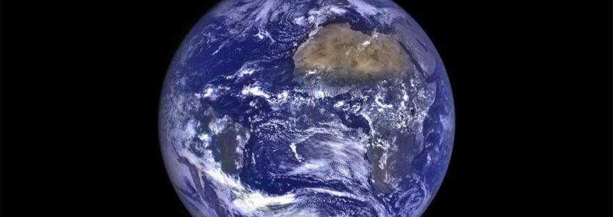 Earthrise. Photo by NASA/Goddard/Arizona State University